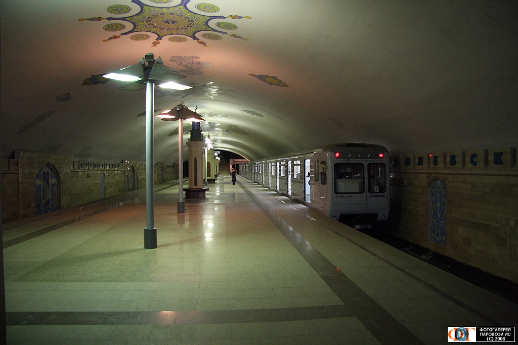 http://transit.parovoz.com/muralista-data/RU16/20090112_17053.jpg