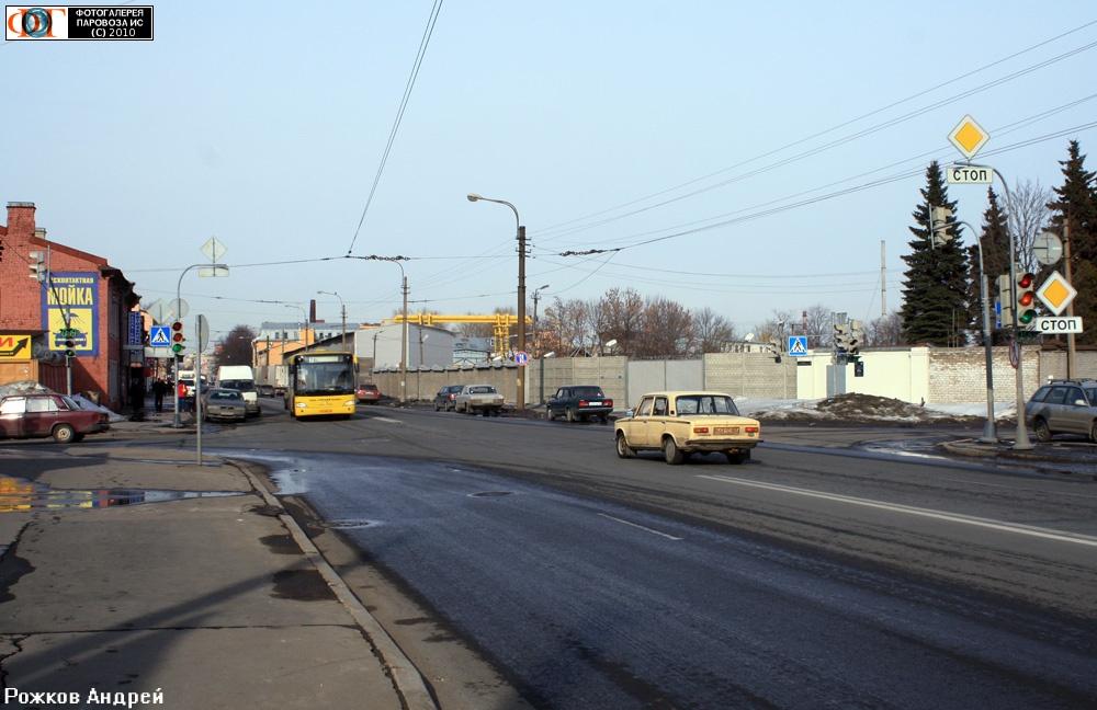 Остатки троллейбусной линии, Днепропетровская улица, Санкт-Петербург.