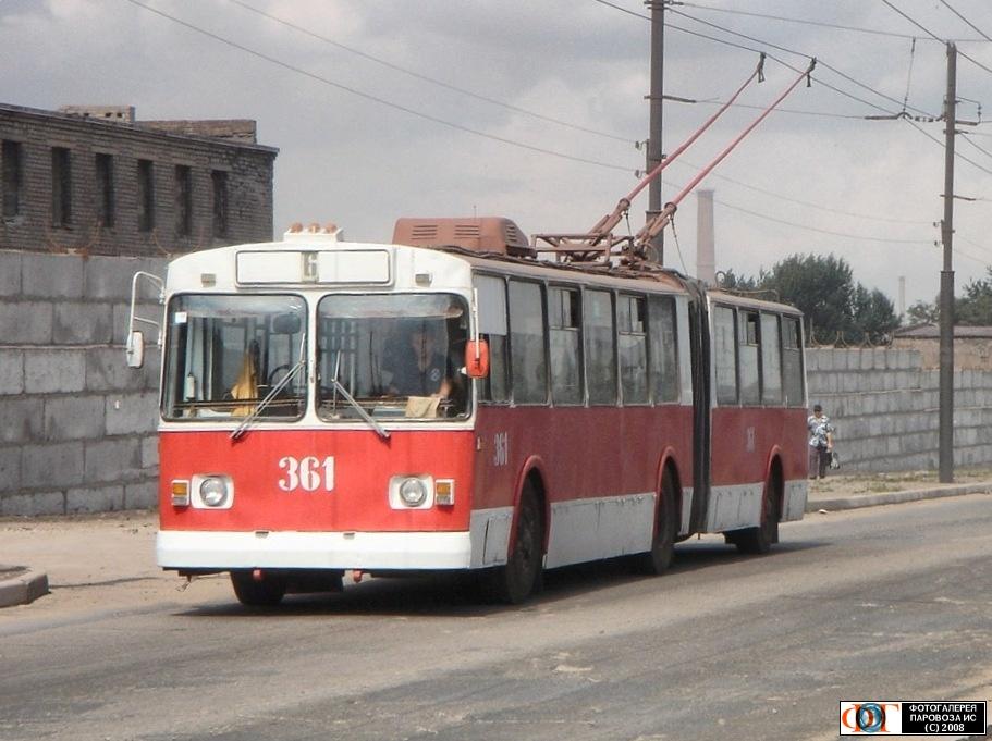 http://transit.parovoz.com/muralista-data/UALU/20080929_14136.jpg